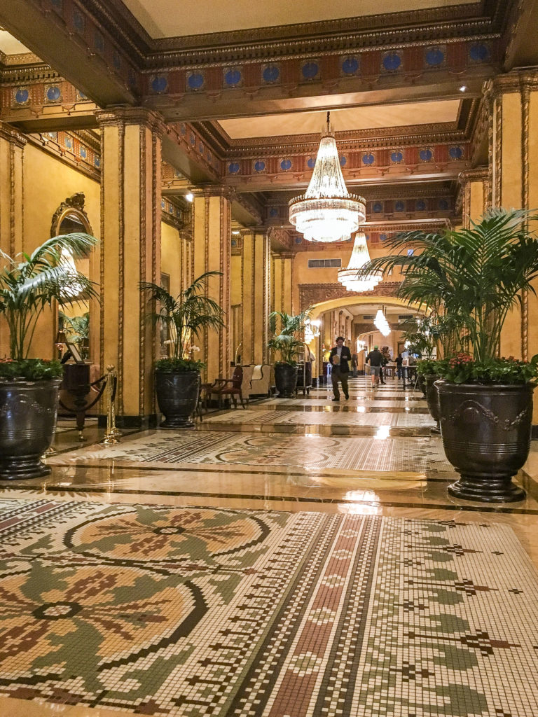 New Orleans Photo diary - The Roosevelt Hotel Waldorf Astoria | SamCora Blog