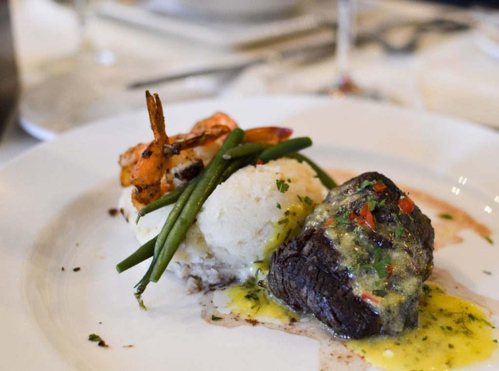 Top 10 Best Restaurants New Orleans - Muriel's Restaurant, Petite Filet and Shrimp | SamCora Blog