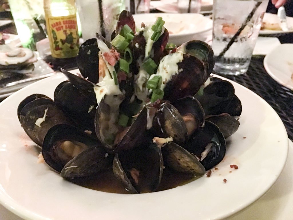 Top 10 Best Restaurants New Orleans - Orleans Grapevine Wine Bar, Saffron mussels | SamCora Blog