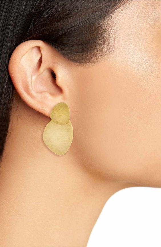 Stocking stuffers - Soko sabi earrings | SamCora Blog